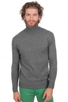 innovative design f3d9d a85fe Scoprite la nuova collezione di maglioni da uomo cashmere ...